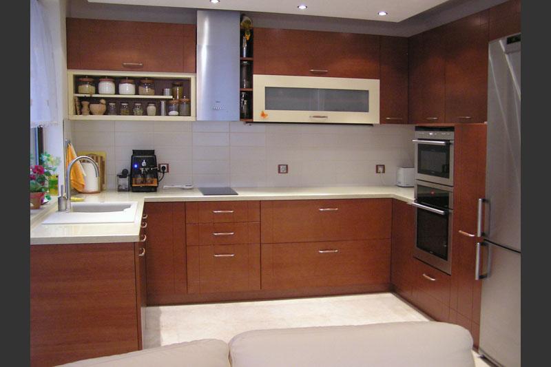 П-образна кухня по проект