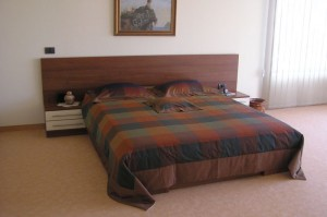 Мебели за спалня по проект