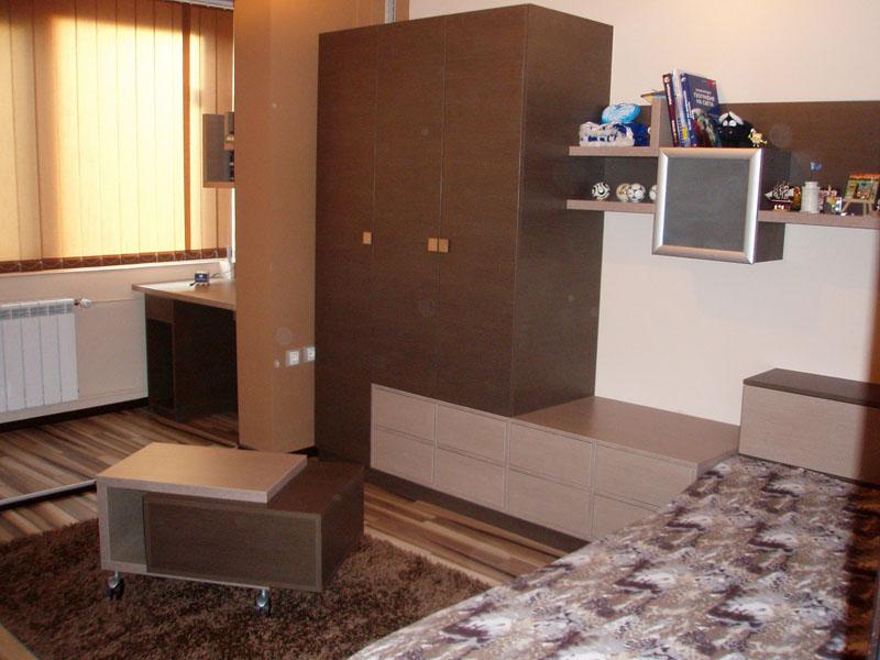 Мебели за юношеска стая
