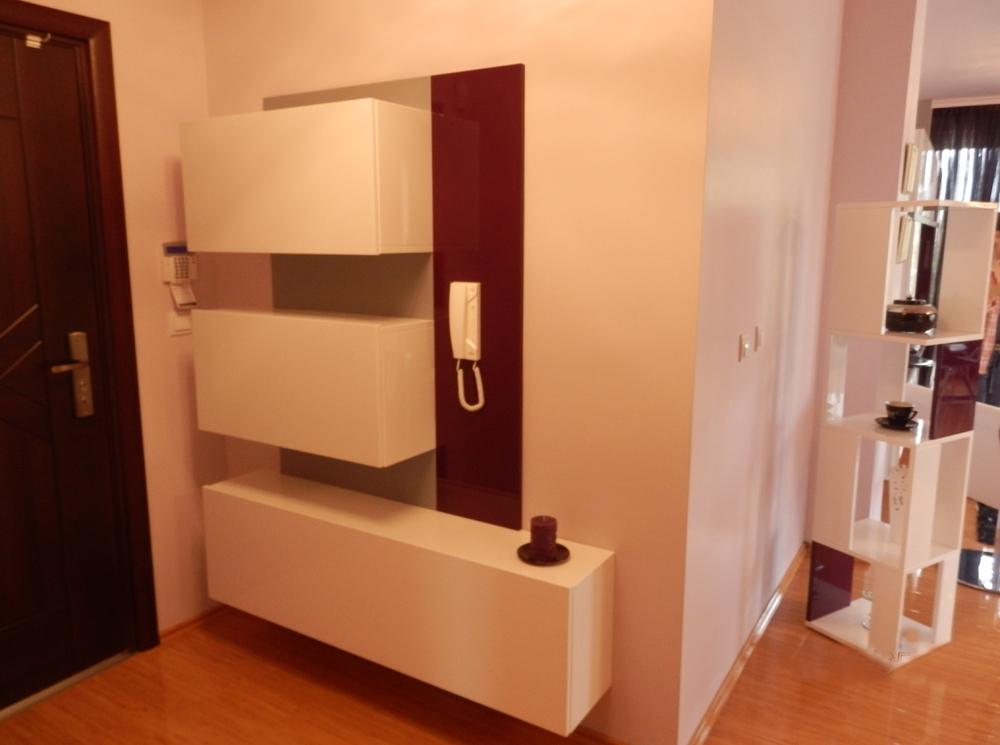 Мебели за антре по индивидуален проект