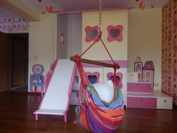 пързалка в детската стая
